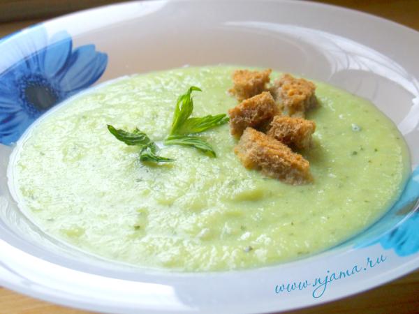 Суп из кабачков и мяты